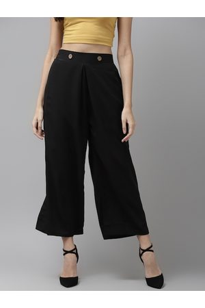 Cayman Women Black Regular Fit Solid Cropped Parallel Trousers