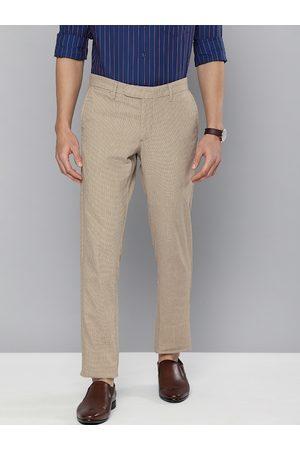 Indian Terrain Men Khaki & Beige Brooklyn Slim Fit Checked Chinos