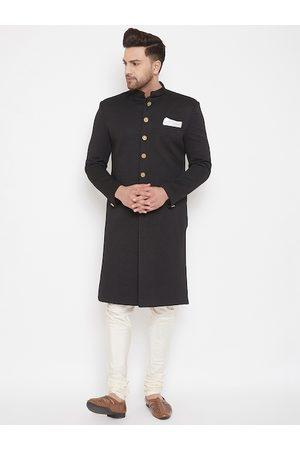Vastramay Men Black & White Slim Fit Self-Design Quilted Sherwani Set
