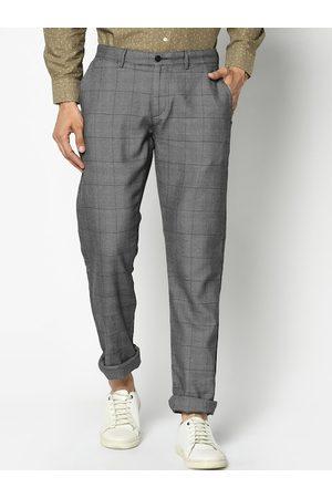 Blackberrys Men Black Slim Fit Checked Regular Trousers