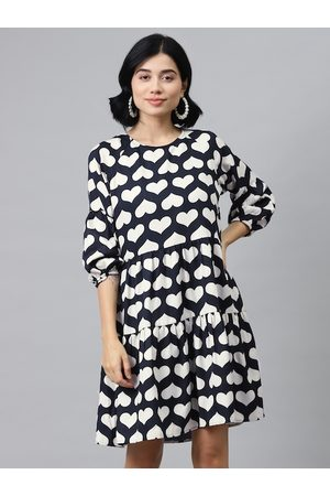 SASSAFRAS Women Navy Blue & White Heart Shaped Printed Tiered A-Line Dress