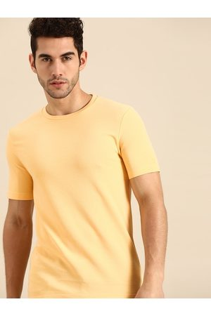 Ether Men Yellow Self-Striped Cotton Round Neck T-shirt