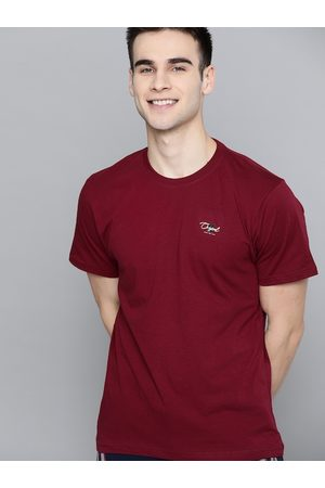 HERE&NOW Men Maroon Solid Round Neck T-shirt
