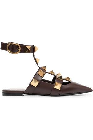 VALENTINO GARAVANI Women High Heels - Rockstud-detail pointed-toe pumps