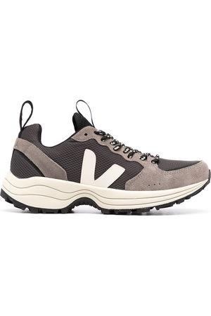 Veja Venturi Alveomesh chunky sneakers