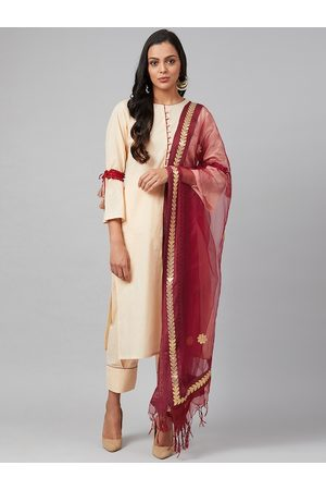 Tulsattva Women Cream-Coloured & Maroon Solid Kurta with Salwar & Dupatta