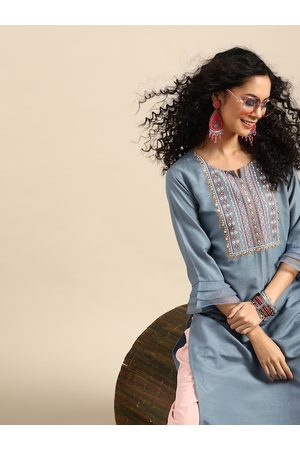 Varanga Women Blue & Off White Ethnic Motifs Yoke Design Kurta