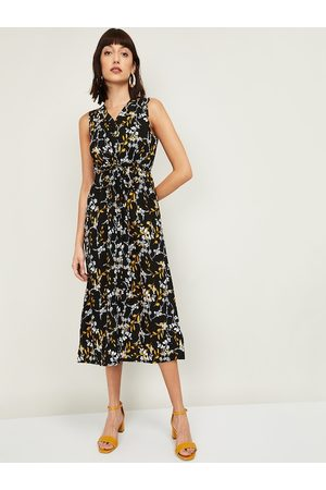 Lifestyle Women Black Floral Printed Fit & Flare Dress