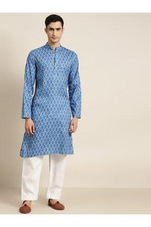 SOJANYA Men Blue & White Printed Pure Cotton Kurta with Pyjamas