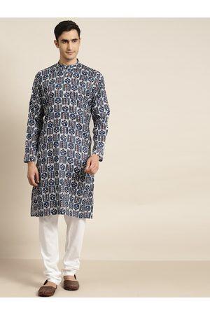 SOJANYA Men White & Navy Blue Pure Cotton Printed Kurta with Churidar