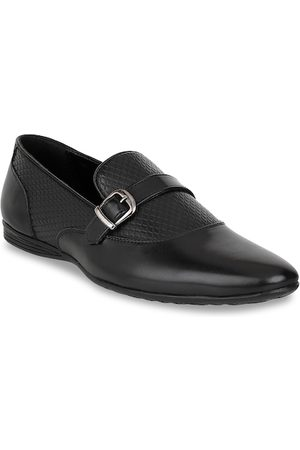 Carlton London Men Black Textured Monks