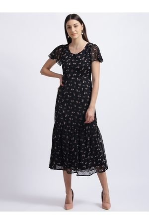 Zink London Women Black Printed Fit and Flare Dress