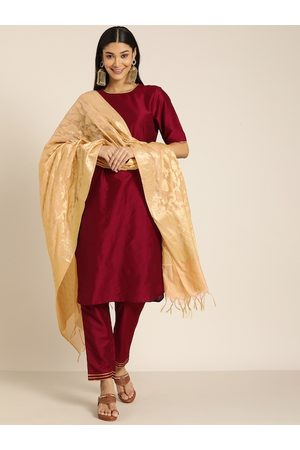 all about you Women Maroon Solid Kurta with Trousers & Dupatta