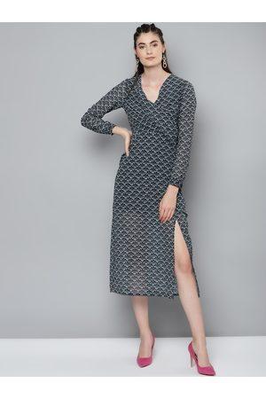 Sassafras Women Navy Blue &White Geometric Printed Wrap Dress