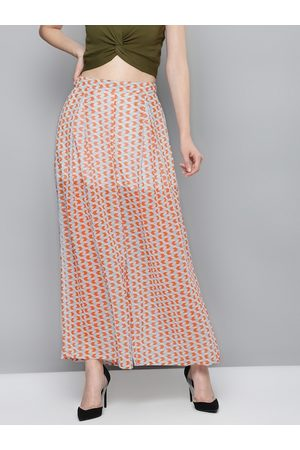 Sassafras Women White & Orange Regular Fit Printed Parallel Trousers