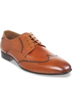 Metro Men Tan Brown Textured Leather Formal Derbys