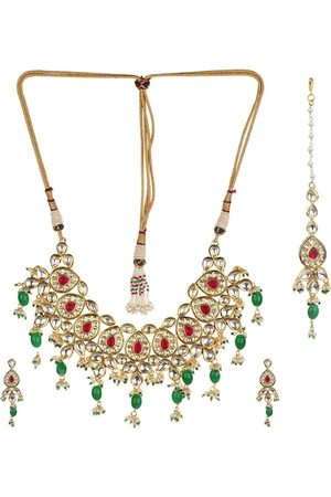 Runjhun Gold-Plated Red & Green Kundan-Studded & Beaded Handcrafted Jewellery Set