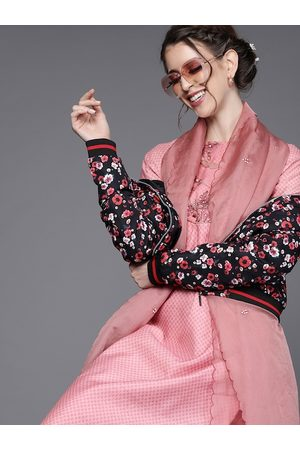 Inddus Women Pink Printed Pastel Kurta with Trousers & Dupatta