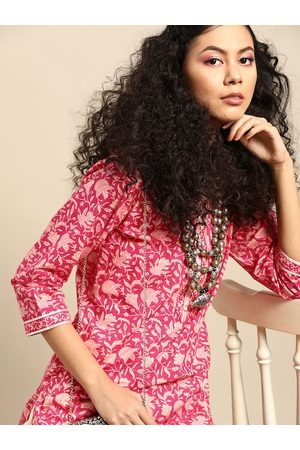 Varanga Women Pink & Cream-Coloured Printed Kurta with Trousers