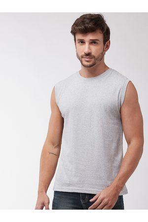 GRITSTONES Men Grey Solid Round Neck T-shirt