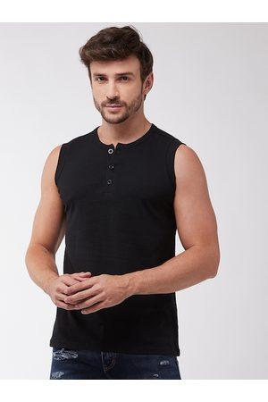 GRITSTONES Men Black Solid Henley Neck T-shirt