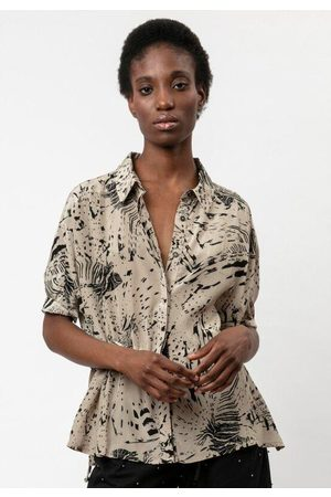 Religion Women T-shirts - Roots Shirt - Flint