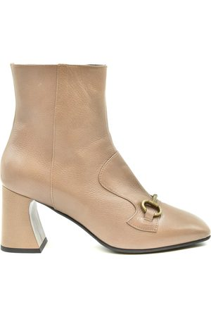Jeannot Shoes