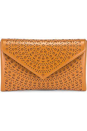 Alaïa Women Clutches - Oum 20 Leather Laser Cut Clutch in Tan Clair