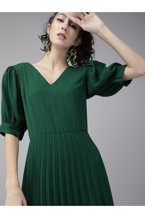 Rare Fashion Women Green Solid Accordion Pleated Fit and Flare Dress