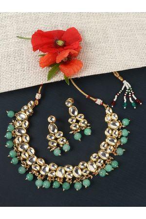 JEWELS GEHNA EWELS GEHNA Gold-Plated White & Seagreen Kundan-Studded & Beaded Jadau Traditional Jewellery Set