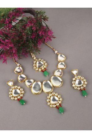 JEWELS GEHNA Gold-Plated White & Green Kundan-Studded & Beaded Vilandi Jewellery Set
