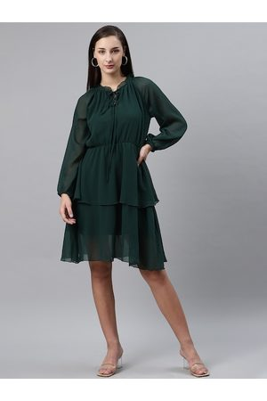 Pluss Women Green Solid Layered A-Line Dress