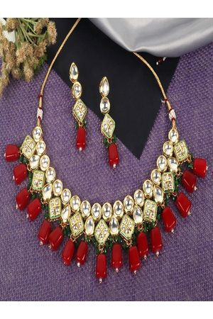 JEWELS GEHNA Gold-Plated White & Red Kundan-Studded Beaded Vilandi Jewellery Set