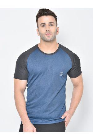 CHKOKKO Men Blue Solid Round Neck T-shirt