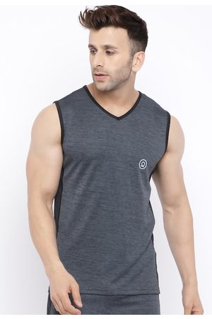 CHKOKKO Men Grey Solid Dri-Fit V-Neck Gym T-shirt