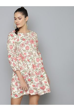 Sassafras Women Off-White & Pink Printed Cotton Fit and Flare Tiered Dress