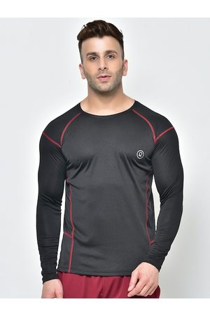 CHKOKKO Men Black Solid Round Neck Dry Fit T-shirt