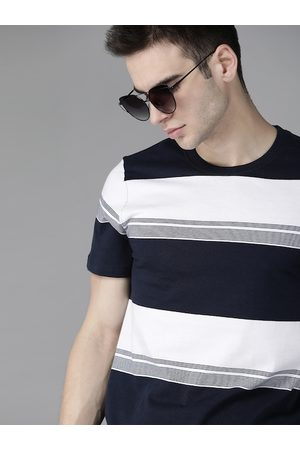 Roadster Men White & Navy Blue Striped Cotton Round Neck T-shirt