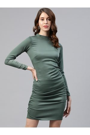 Pluss Women Green Solid Bodycon Dress