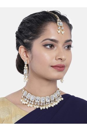 Peora White Gold-Plated Kundan Studded Handcrafted Jewellery Set