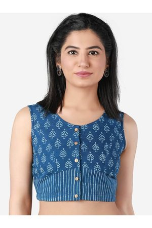 Llajja Women Blue & White Indigo Printed Saree Blouse