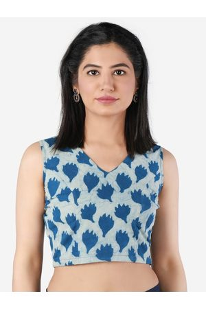 Llajja Women Blue & White Printed Saree Blouse
