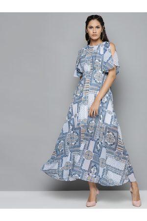 Sassafras Women Blue & White Geometric Printed Maxi Dress