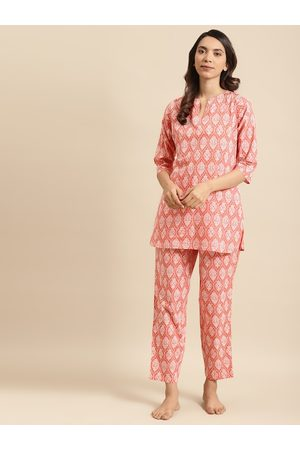 Nayo Women Peach-Coloured & White Pure Cotton Printed Night Suit