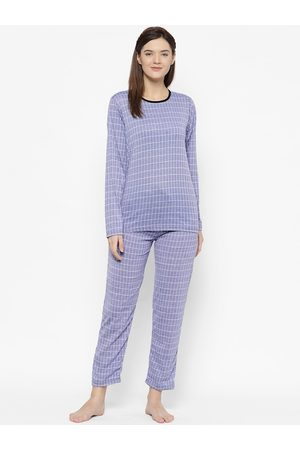 VIMAL JONNEY Women Blue & White Checked Night suit