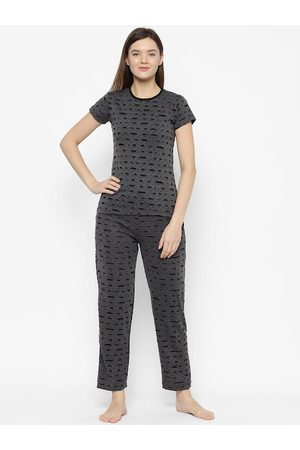 VIMAL JONNEY Women Black & Grey Solid Night suit