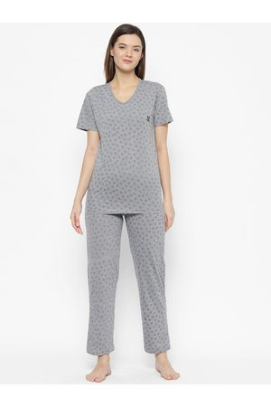 VIMAL JONNEY Women Grey & Blue Printed Night suit