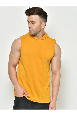 CHKOKKO Men Mustard Yellow Solid Hood Dry Fit Gym T-shirt