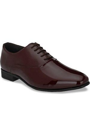 San Frissco Men Maroon Solid Formal Oxfords