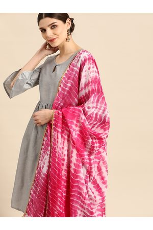 Anouk Women Grey & Pink Solid Kurta with Trousers & Dupatta